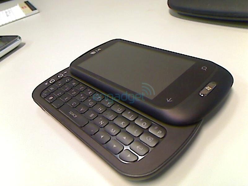 LG C900