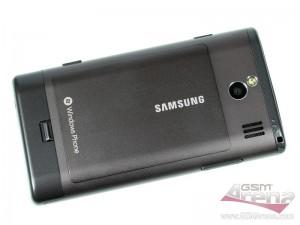 Samsung Omnia 7 - динамик, камера и LED-вспышка