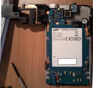 Разобранный Samsung Omnia 7