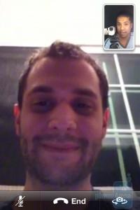 Видео-звонок на iPhone 4