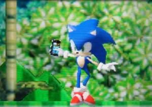 Sonic со смартфоном Windows Phone