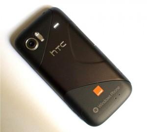 HTC 7 mozart - вид сзади