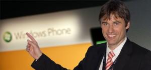 Microsoft обучает сотни продавцов для увеличения продаж Windows Phone