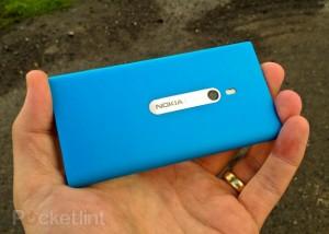 Фото-обзор Nokia Lumia 800