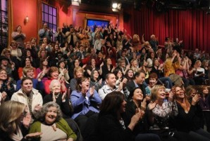 На ток-шоу LIVE! with Kelly раздавали бесплатные смартфоны