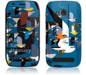 Оформление корпуса Nokia Lumia 710 от GelaSkins