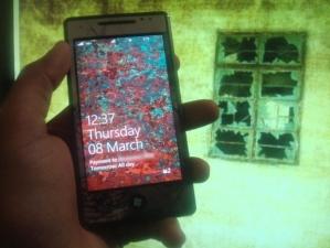 Гранжевые обои для Windows Phone