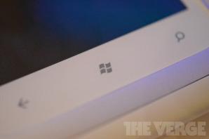 Microsoft тестирует WP8-смартфон с двухъядерным процессором Snapdragon S4