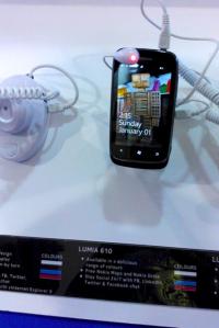 Nokia Lumia 610 на Филиппинах стоит 7.700 рублей