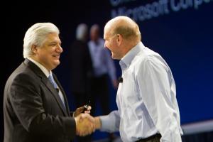 Microsoft собирается купить долю в RIM?