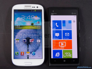 Сравнение Samsung Galaxy S III vs Nokia Lumia 900