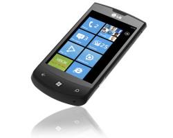 LG E900 Optimus 7 тоже получил WP 7.8?