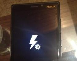 Как вернуть к жизни Nokia Lumia 920 после неудачной перепрошивки.