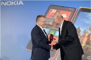CEO Nokia Стивен Элоп (экс-Microsoft) и Стив Баллмер, глава Microsoft