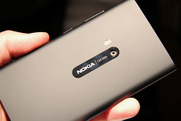 Nokia Lumia 920 в  сером цвете