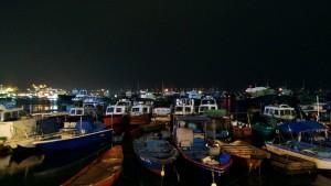 Вечерняя бухта (TKY Angus, Гонконг)