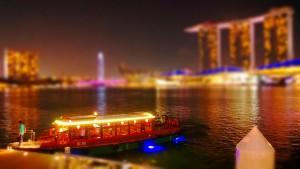 Эффект Tilt shift на набережной от Kiwi Flickr, Сингапур)