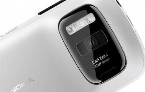 Nokia PureView 808 с 41-мегапиксельной камерой