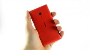 Nokia Lumia 720 - вид сзади