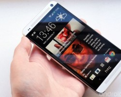 Стивен Синофски пользуется смартфоном HTC One