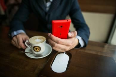 Беспроводные зарядки для смартфонов Lumia в Екатеринбурге