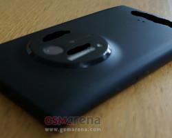 Фотографии Nokia EOS со всех сторон (обновлено: + фото работающего телефона)