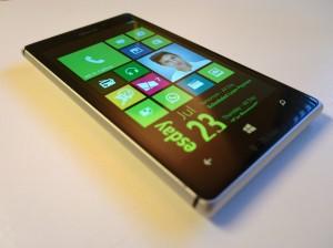 Nokia Lumia 925: проблема случайных перезагрузок?