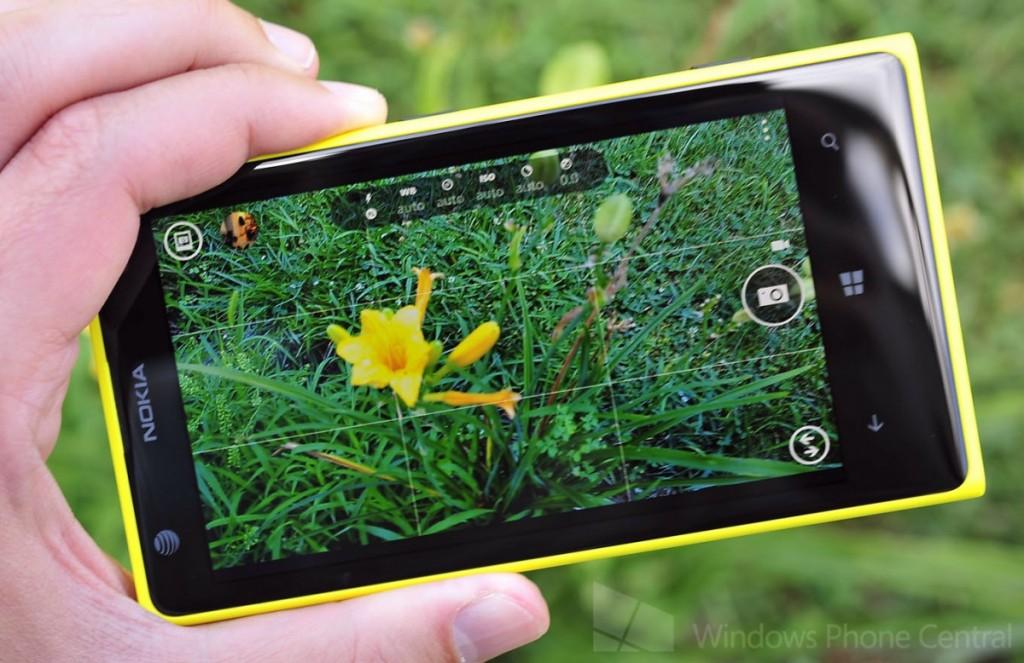 Nokia_Lumia_1020_Yellow_Camera_App.jpg