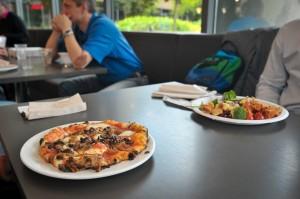 Пицца из Cafe 16