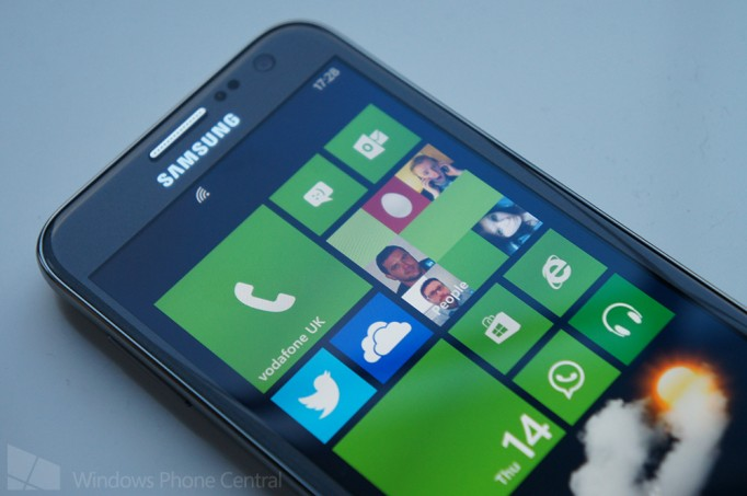 WP8-смартфон Samsung ATIV S