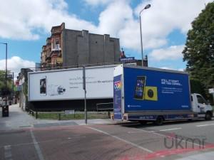 Реклама Nokia Lumia 1020 и Samsung Galaxy S4 Zoom