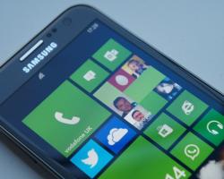 Выпущена первая кастомная прошивка Windows Phone8