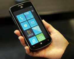 ZTE готовит Windows Phone 8-смартфон