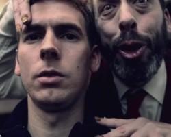 Рекламный ролик Nokia Lumia 2520: ооочень странный парикмахер