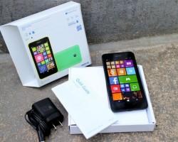 Nokia Lumia 630 — unboxing-видео