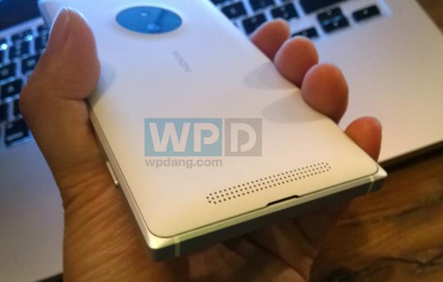 WPDang_Lumia-830-1