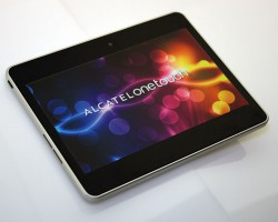 Alcatel планирует выпустить 10-дюймовый планшет набазе Windows Phone