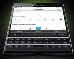 BlackBerry Passport — квадратный смартфон с интересной клавиатурой