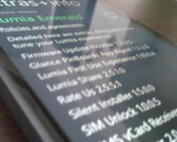 Фотография смартфона Lumia собновлением Lumia Emerald