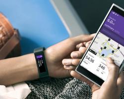 Microsoft представила фитнес-браслет и новый облачный сервис