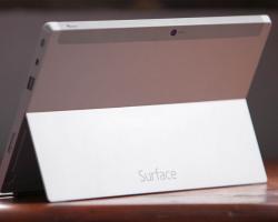 Microsoft готовит новый планшет Surface— недорогой, без вентилятора, начипе Intel
