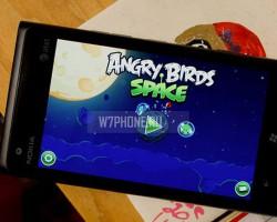 В Angry Birds Space добавлено 30 новых уровней