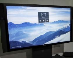 Стало известно, когда появится в продаже и сколько будет стоить Surface Hub