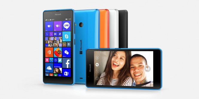 Lumia-540-vs-Moto-G-2014