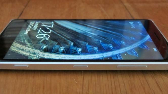 Digitimes: Microsoft в этом году выпустит 2 смартфона за $80