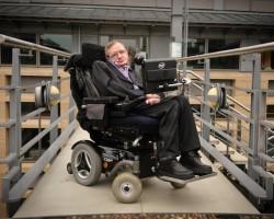 Intel выложил в бесплатный доступ ПО, помогающее Стивену Хокингу общаться с миром