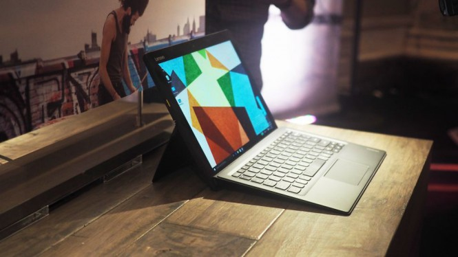 Lenovo представила свой клон Microsoft Surface
