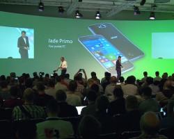 Acer Jade Primo — первый смартфон на Windows 10 Mobile с поддержкой Continuum