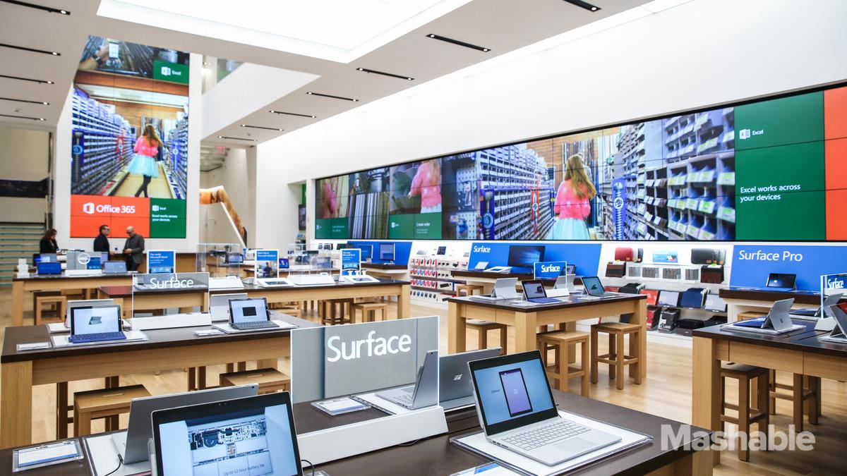 102015-Microsoft-Flagship-Store-THUMBNAIL-1