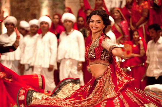В Skype появятся Mojis c роликами из индийского кино